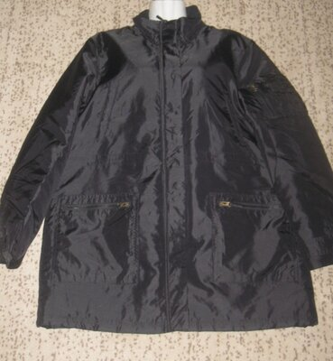 Куртка мужская деми, чёрная. 56 р-р. Отличная. Пог 58 см