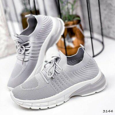 Продано: Новинка Кроссовки женские Dema серый Код 3144 Материал текстиль Цвет серый подошва 4 см