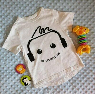 Белая футболка на малыша в идеальном состоянии, 12-18 месяцев