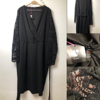 Шикарное платье большого размера 28