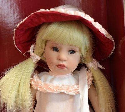 Резерв.неллочка кукла Beatrice Perini, Gotz