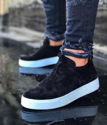 Мужские топовые классные кроссовки кроссы кеды натуральные замшевые новинка модные