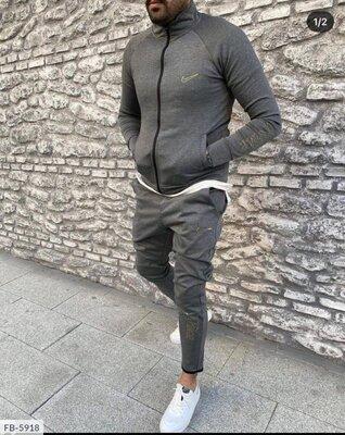 Мужской спортивный костюм. Турция.