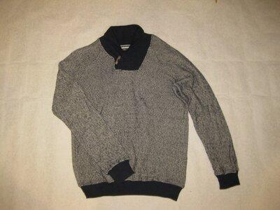 размер М, хлопковый свитер Zara синего цвета