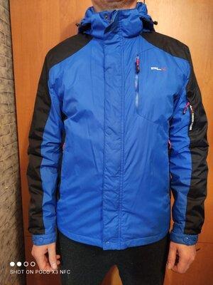 Крутая демисезонная куртка ветровка 48 размер