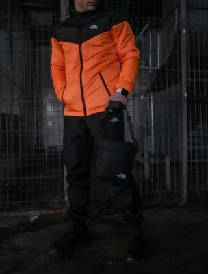 Комплект TNF куртка черно-оранжевая штаны TNF барсетка TNF в подарок