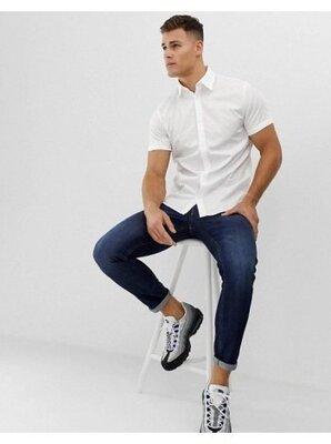 Мужская белая рубашка с коротким рукавом приталенная рубашка