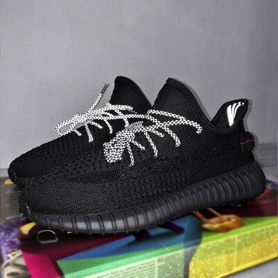 Мужские кроссовки Adidas Yeezy Boost 350.