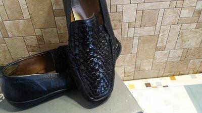 Туфли мужские Clarks р.42 кожа верх и внутри.Износ минимальный.