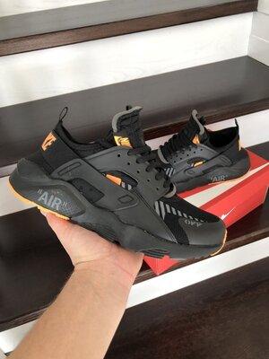 Nike Air Huarache кроссовки мужские демисезонные черные с оранжевым 10317