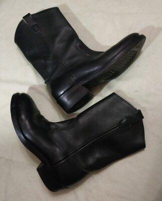 Демисезонные кожаные черные полусапожки