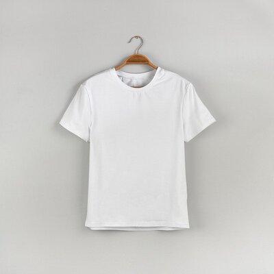 Белая мужская футболка Classic