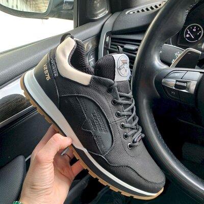 Высококлассные кроссовки из натуральной кожи