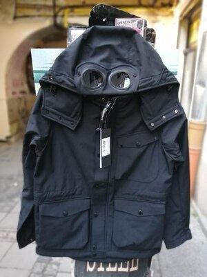 Продано: Парка куртка c.p.company с линзами