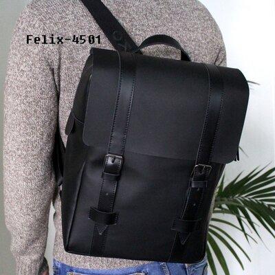 Мужской кожаный рюкзак Felix черный матовый