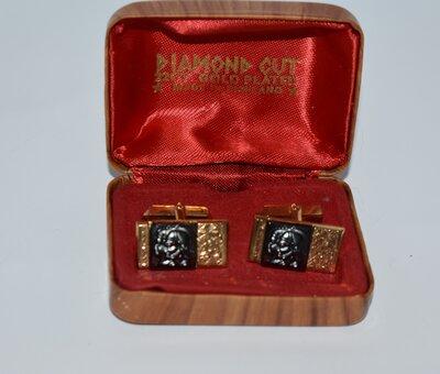 интересные запонки металл позолота diamont cut 22 ct gold plated made in England вес 16,1 грамм винт