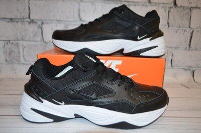 Кроссовки Nike черные.