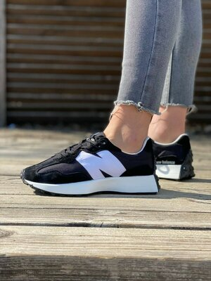 Кроссовки женские New balance 327 black white