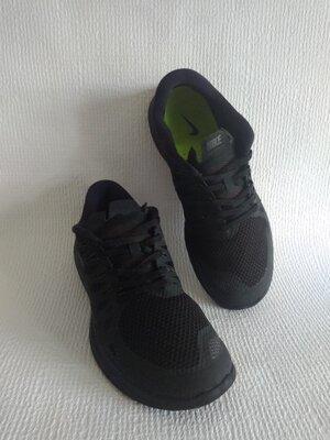 Nike оригинальные кроссовки 44