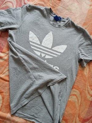 Футболка оригинал серая Adidas размер S