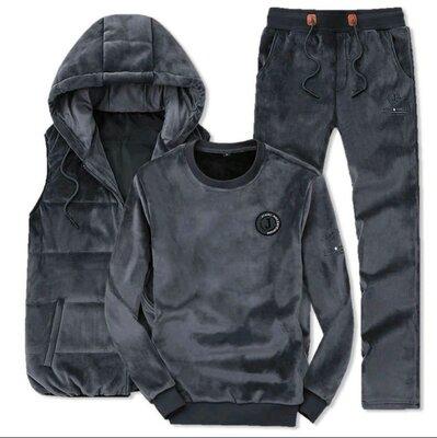 Продано: Мужской костюм тройка свитшот штаны жилетка на синтепоне велюр
