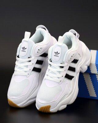 Унісекс жіночі чоловічі кросівки Adidas Consortium x Naked Magmur Runner 36-45