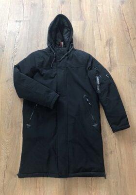 Чёрная длинная тёплая мужская куртка с капюшоном