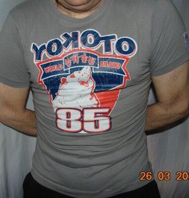 Катоновая стильная футболка бренд Clockhouse C&A.м-л