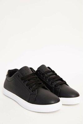 Стильные кроссовки для мужчин