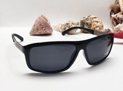 Чоловічі окуляри чорна лінза поляризаційна