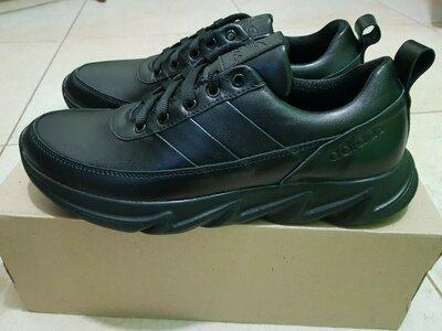 Мужские кожаные класические кроссовки,деми,чоловічі чорні кросівки