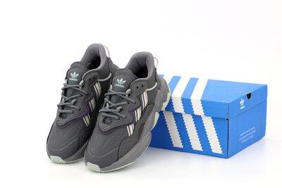 Мужские кроссовки Adidas Ozweego. Серые