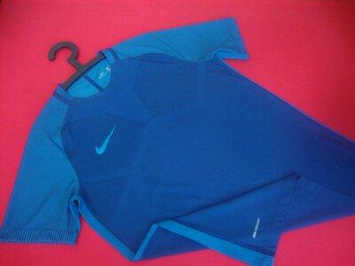 Футболка Nike Strike AeroSwift оригинал M