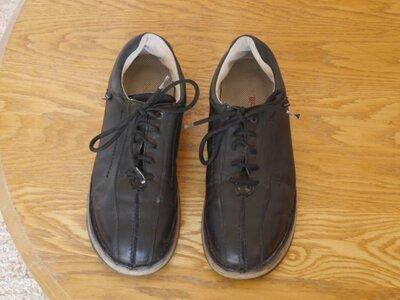 Туфлі шкіряні на 44-45 розмір стелька 29,5 см KicKers