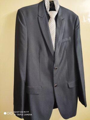 Брючный классический мужской костюм