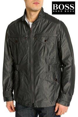 Изумительная стильная куртка ветровка элитной немецкой компании Hugo Boss.