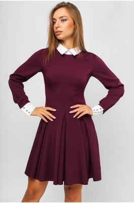 Женское платье в деловом стиле Марсала