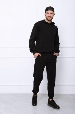 Мужской чёрный спортивный костюм из трикотажа