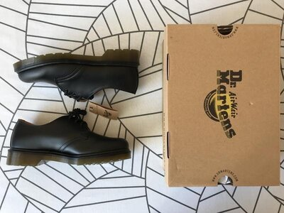 Продано: Туфли Dr. martens 1461 black smooth, черный цвет, 39eu, 7us