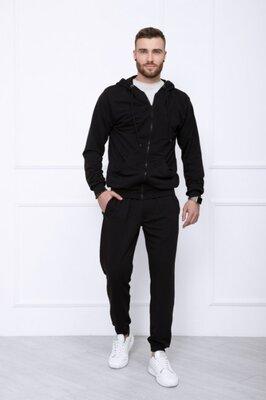 Чёрный однотонный мужской спортивный костюм из трикотажа