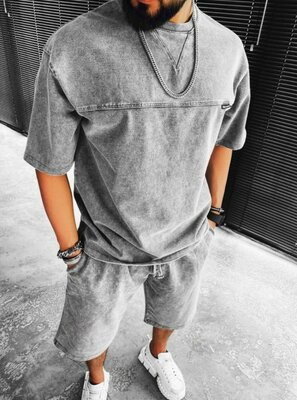 Найкрутіший чоловічий комплект шорти та футболка топ