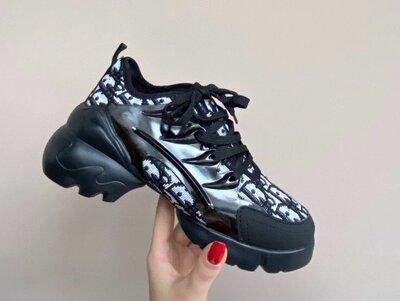 Акция р 37,39 Женские чёрные кроссовки Dior