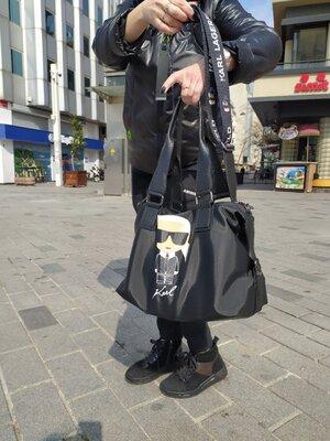 Большая сумка от Karl Lagerfeld для модницы