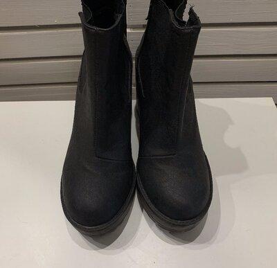 Демисезонные ботинки H&M размер 37