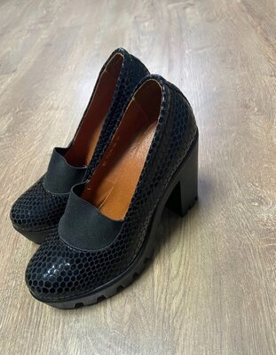 Продано: Туфли натуральная кожа
