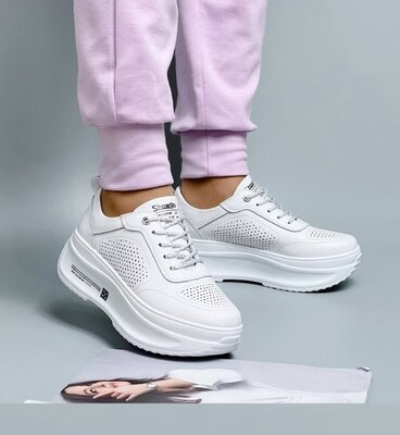 Продано: Белые кожаные женские кроссовки на платформе, кожаные кроссовки, кросівки білі 37,39-41р код 6363