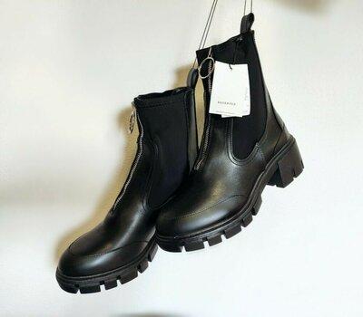 Шикарные новые грубые ботинки