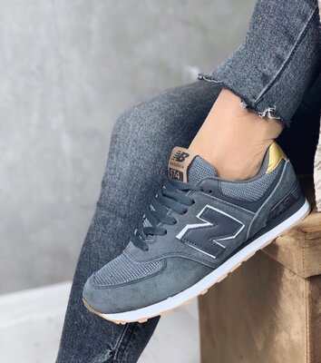 Женские замшевые кроссовки New Balance