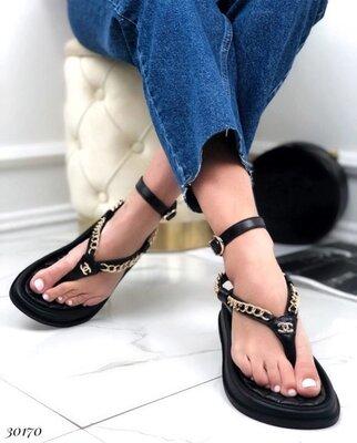 Женские натуральные кожаные лакированные белые чёрные босоножки сандали