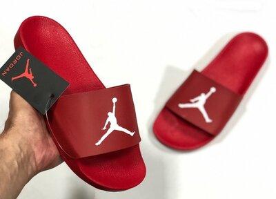 Шлепанцы мужские Nike Air Jordan , красные
